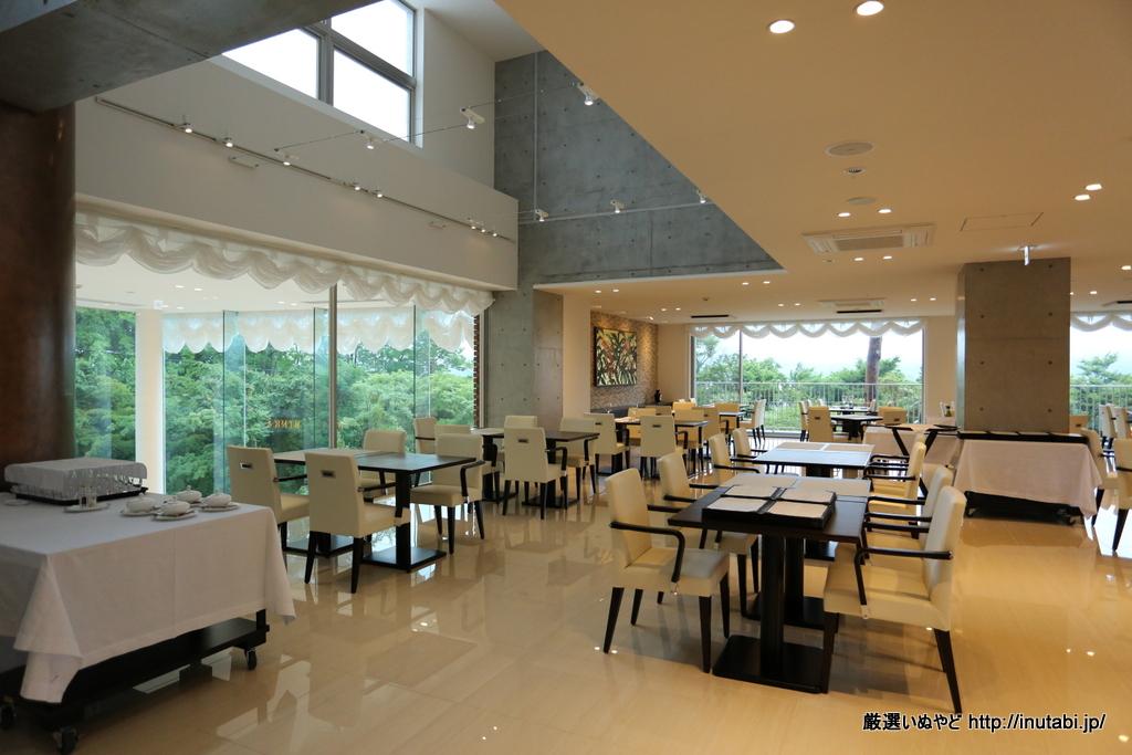 ホテル凛香 山中湖リゾート レストラン
