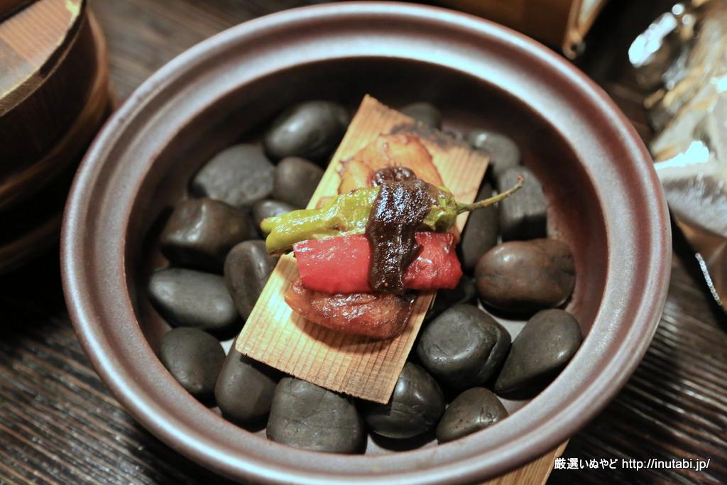 はんなり伊豆高原 夕食 杉板焼き